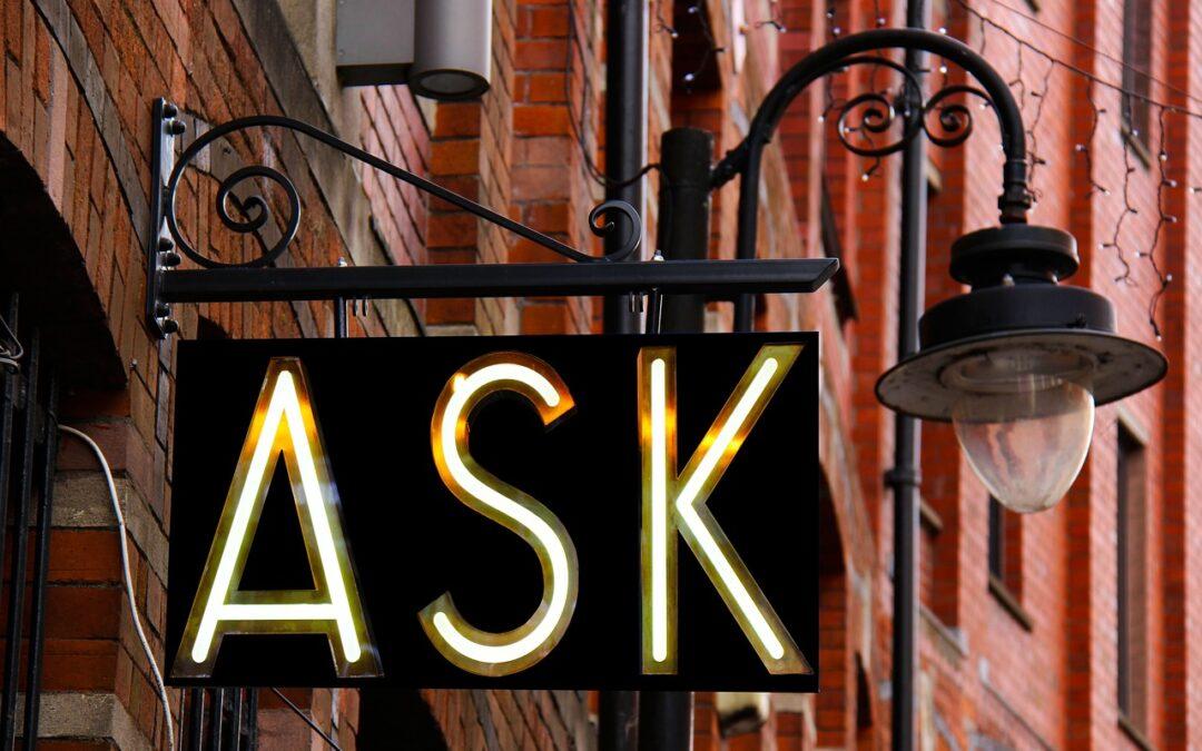 Start met vragen naar ideeën en verbeterpunten voor je organisatie in het aanvangsgesprek en wacht niet tot het exitgesprek